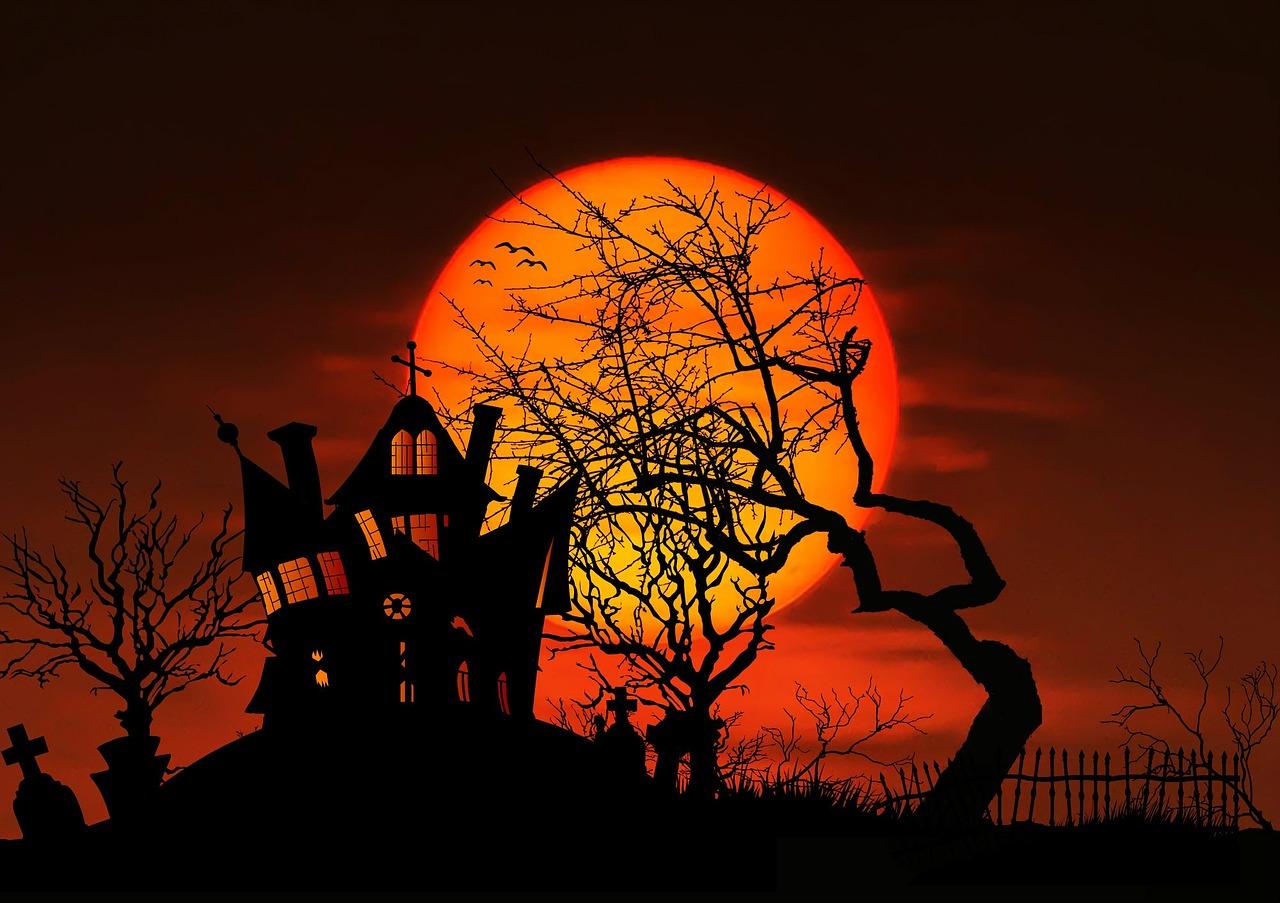 21+ Spooktacular Halloween Templates [Design Online] | MyCreativeShop
